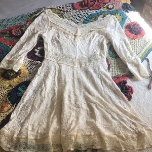 Free people white lace dress with sleeves